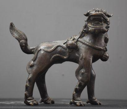 Chimère en bronze. Travail asiatique ancien....