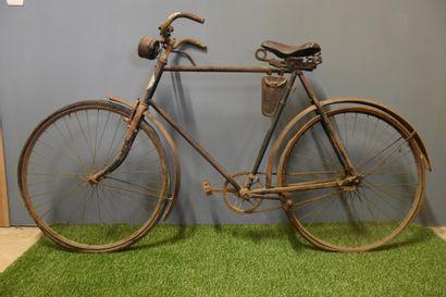 Ancien vélo début XX ème de la F.N. dans...