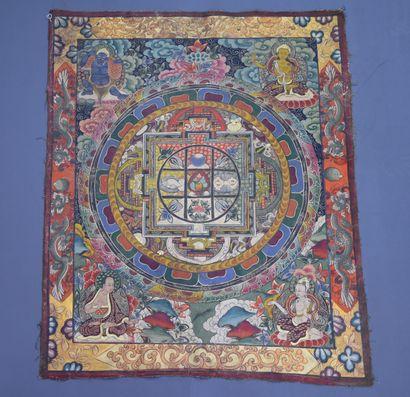 Tangka Tibétain Dimensions : 100 x 83 cm...