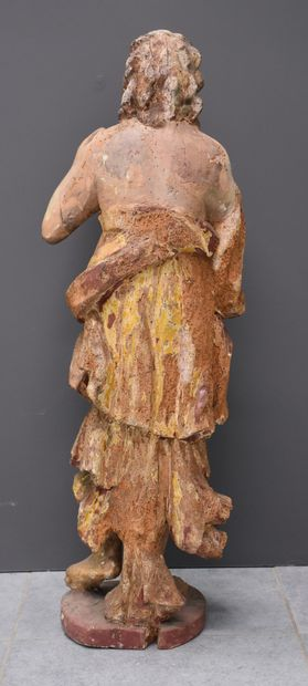 Sculpture en bois polychrome, époque baroque. Ht : 95 cm.