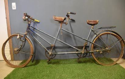 Ancien Tandem, vers 1960. A restaurer.