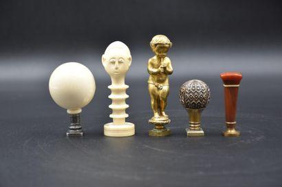 Lot de 5 sceaux XIX ème : bronze doré, ivoire,...