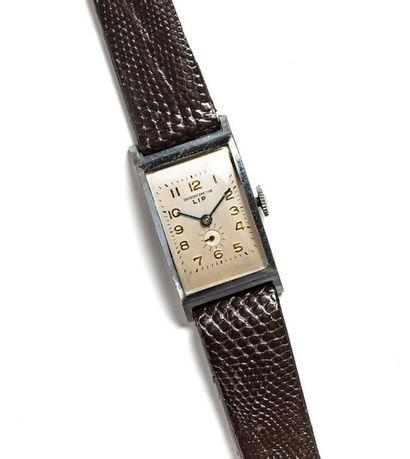 LOT LIP (T 18 chronomètre - Classic trotteuse...