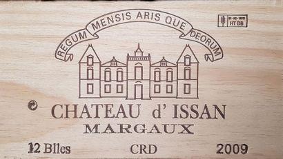 12 Bouteilles Château d'Issan, GCC3 Margaux,...