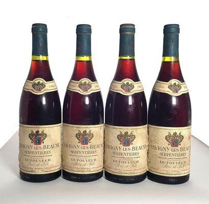 4 bouteilles Savigny-les-Beaune Serpentières,...
