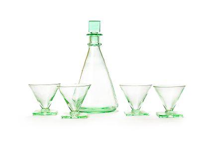 DAUM France  Suite of four cocktail glasses...