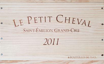 6 Bouteilles Le Petit Cheval, Saint-Émilion...