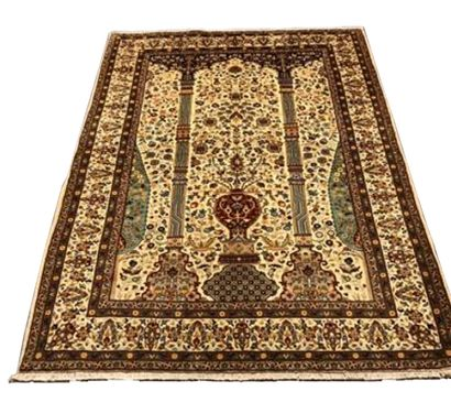 Fin et original tapis Tabriz – Iran, vers...