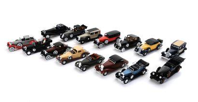 *SOLIDO  Set of fifteen pre-war model vehicles,...