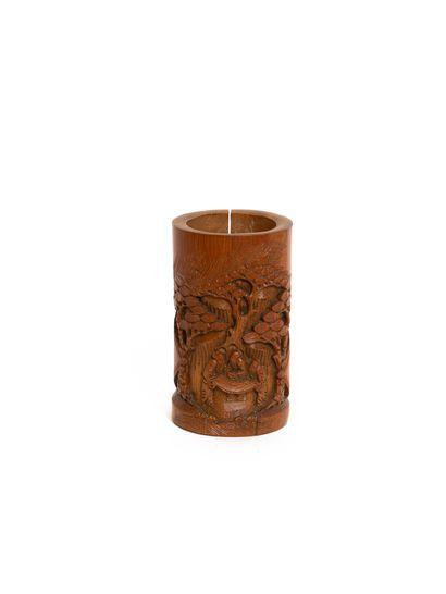Chine, XIXe siècle  Pot à pinceaux en bambou...