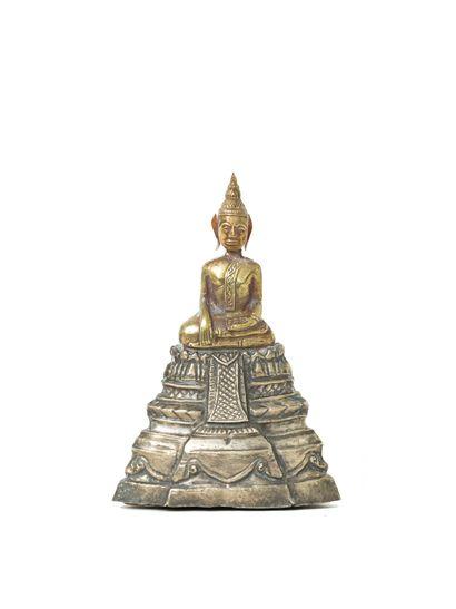 Cambodge, XIXe siècle  Figure de bouddha...