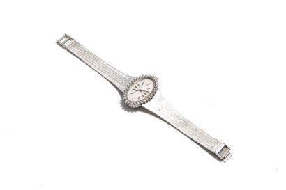 LONGINES  Montre bracelet de dame en or gris...