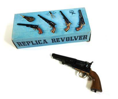 Réplique de revolver Navy 1851 cal. 36 fabriqué...