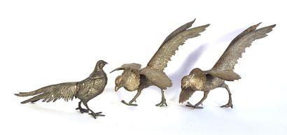 Trois faisans en bronze à patine doré  L....