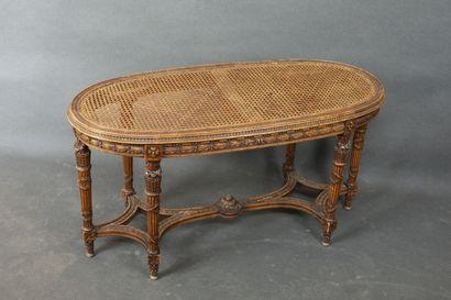 Banquette de piano ovale, en bois naturel...