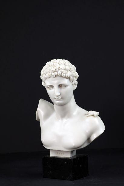 Buste d'Hermès d'après l'antique en poussière...