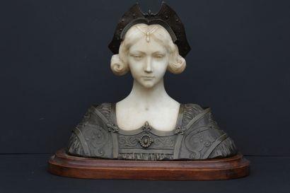 G.VERONA (XXème siècle). Buste de femme...