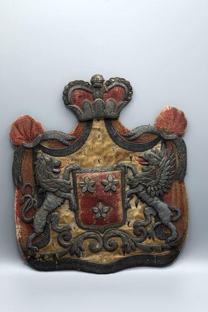 Exceptionnel blason des Princes d'Arenberg....