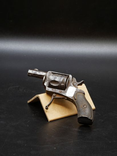 Revolver type buldog 5 coups calibre 320...