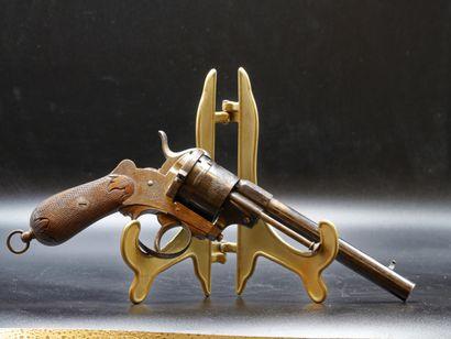 Revolver système Lefaucheux . Six coups,...