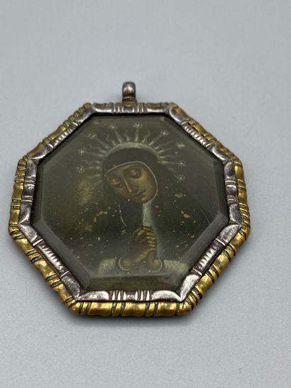 Médaillon octogonal représentant la Vierge...