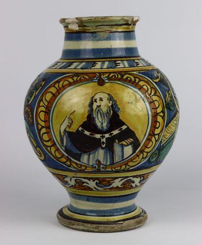 SICILE.  Vase de pharmacie en faïence à décor...