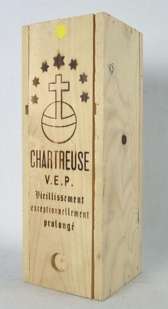 CHARTREUSE V.E.P. JAUNE.  Mise : 2004.  1...
