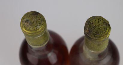 CHATEAU FILHOT.  Millésime : 1975.  2 bouteilles, b.g., h.e., e.l.s.