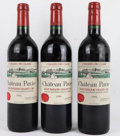 CHATEAU PAVIE.  Millésime : 1996.  3 bouteilles,...