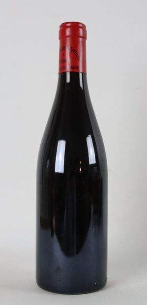 VOLNAY LES CHAMPANS.  De Montille.  Millésime : 2000.  1 bouteille