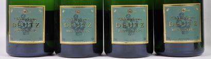 CHAMPAGNE DEUTZ BRUT CLASSIC.  4 bouteilles, dont 2 en coffret