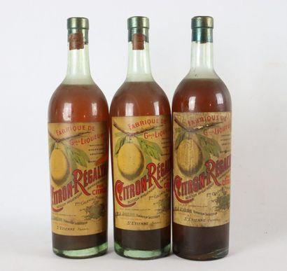 CITRON REGALYA.  3 bouteilles de liqueur...