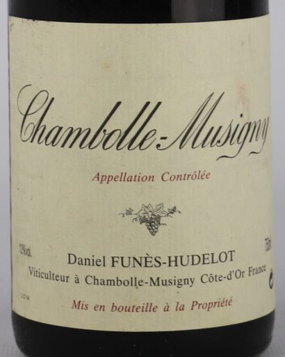 CHAMBOLLE MUSIGNY.  Funès-Hudelot.  Millésime : 2002.  1 bouteille