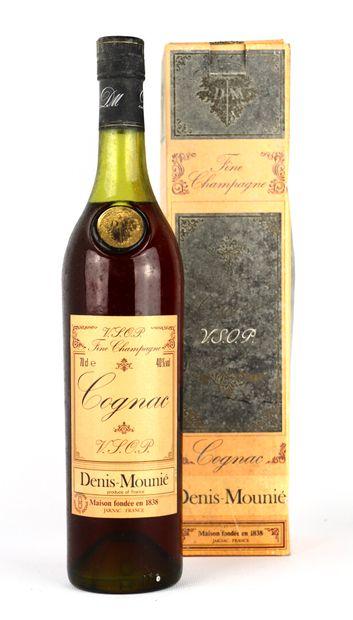 COGNAC VSOP, Fine champagne.  Denis Mounié....