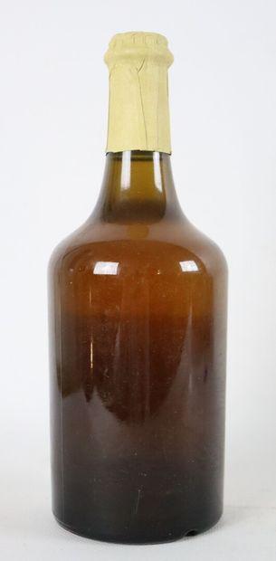 CHATEAU L'ETOILE.  VIN JAUNE.  Millésime : 1990.  1 bouteille