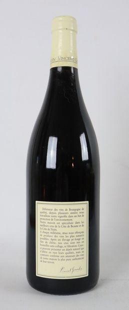 CLOS DE VOUGEOT GRAND CRU.  Vincent Girardin.  Millésime : 2001.  1 bouteille