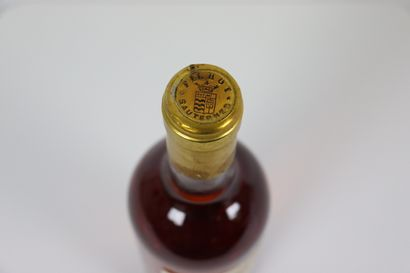 CHATEAU FILHOT.  Millésime : 1990.  1 bouteille
