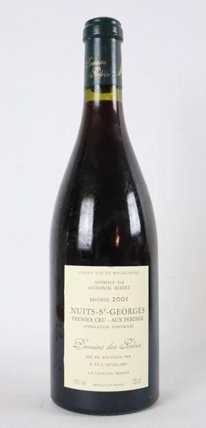 NUITS SAINT GEORGES 1ER CRU AUX PERDRIX.  Domaine des perdrix.  Millésime : 2001....
