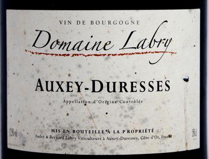 AUXEY-DURESSES.  Domaine Labry.  Millésime : 2005.  1 magnum, e.l.a.