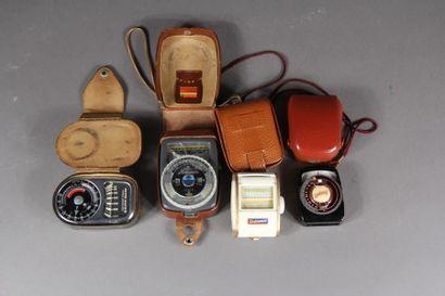 Lot d'accessoires : - Télémètre WESTON master...