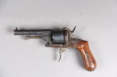 Révolver à broche cal. 8 mm., type Lefaucheux, (ABE)