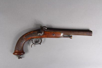 Pistolet d'officier modèle 1833 à percussion,...
