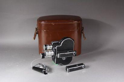 BOLEX-PAILLARD Caméra modèle H16 reflex avec...