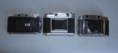 Lot de 3 appareils photos : AGFA modèle Record III obj. Synchro-Compur Agfa Solinar...
