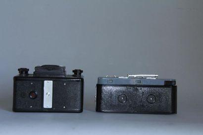 Lot de 2 appareils photos steréoscopics Russes avec leurs étuis