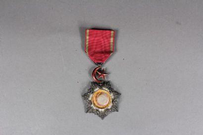 TURQUIE Ordre du Medjidié, en argent à décor...
