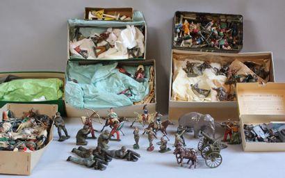 Lot de personnages et animaux en plomb peint
