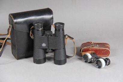 LEITZ Une paire de jumelles Trinovid 8x40B...