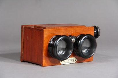 VERASCOPE RICHARD Stéréoscope en bois na...