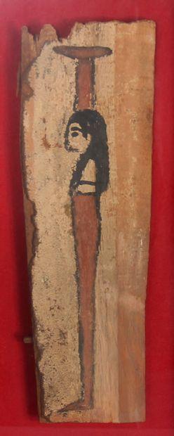 Planche peinte représentant une figurine...